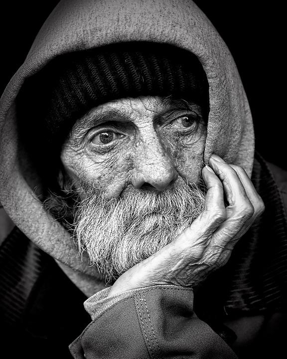 homeless-844213_960_720