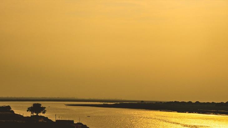 golden-hour-2440066_1280